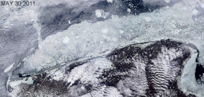 30 May 2011 Satellite image shows rotting ice near Shishmaref