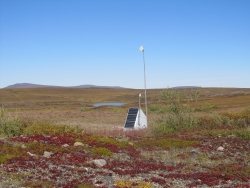 Photo of transportable array station at Toolik Lake