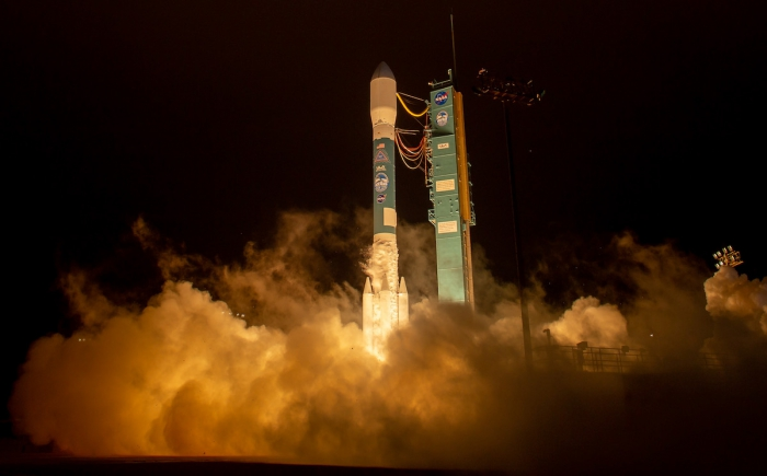 The United Launch Alliance (ULA) Delta II rocket launches with the NASA Ice, Cloud and land Elevation Satellite-2 (ICESat-2) onboard on Saturday, 15 September 2018, from Vandenberg Air Force Base in California. The ICESat-2 mission will measure the changing height of Earth's ice. Photo courtesy of Bill Ingalls, NASA.